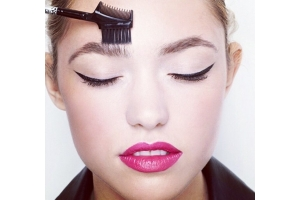 Ваші бездоганні брови: Краса та здоров'я